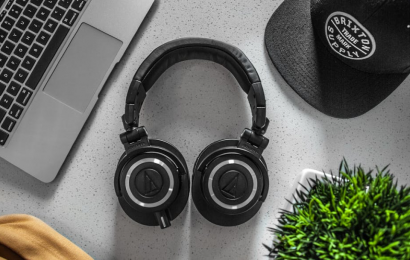 Top 3 Wireless Headphones
